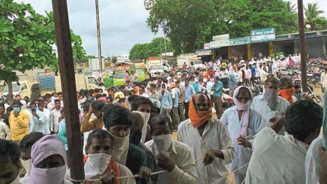 In Aurangabad district, half of the urea was compared to the demand