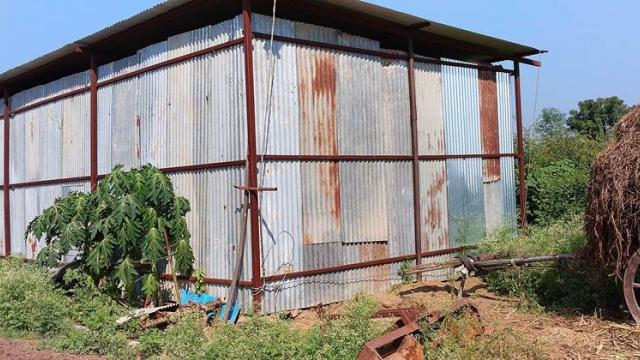 Warehouse for storage of dry fodder