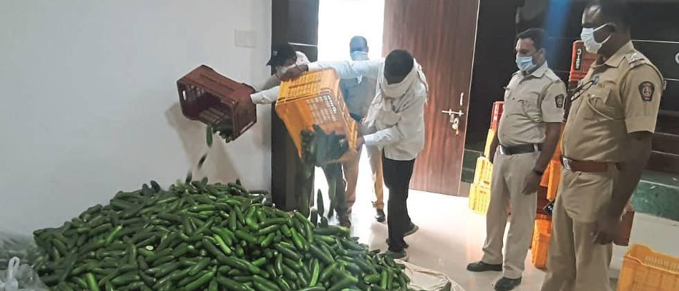 Distribution of cucumber to three thousand policemen on duty