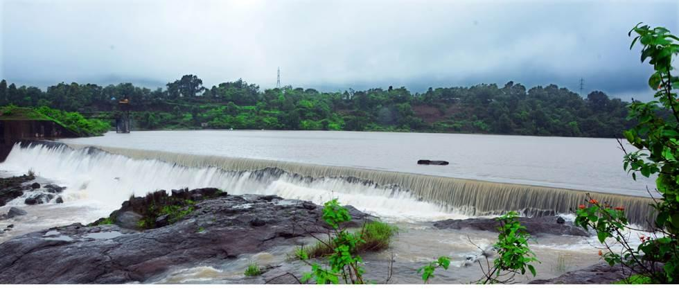 water level increase in dam