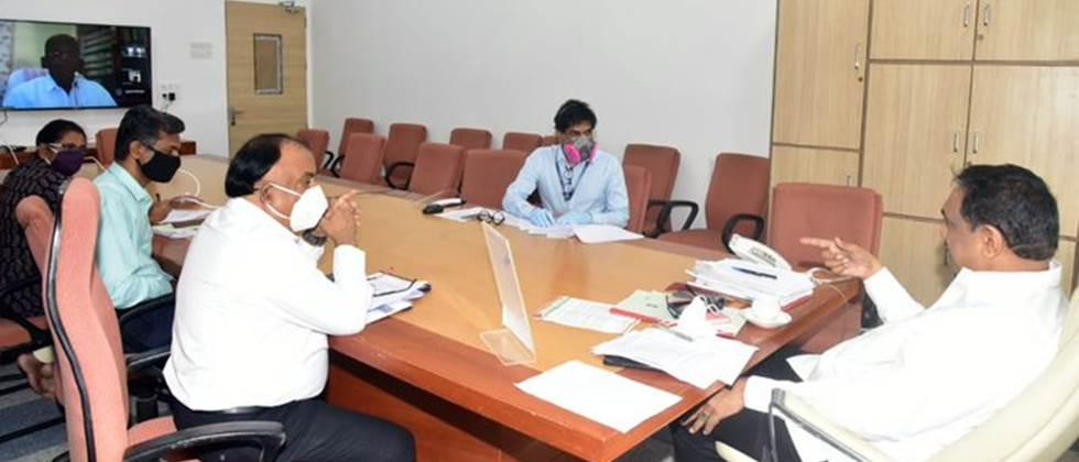 meeting on cotton procurement issue
