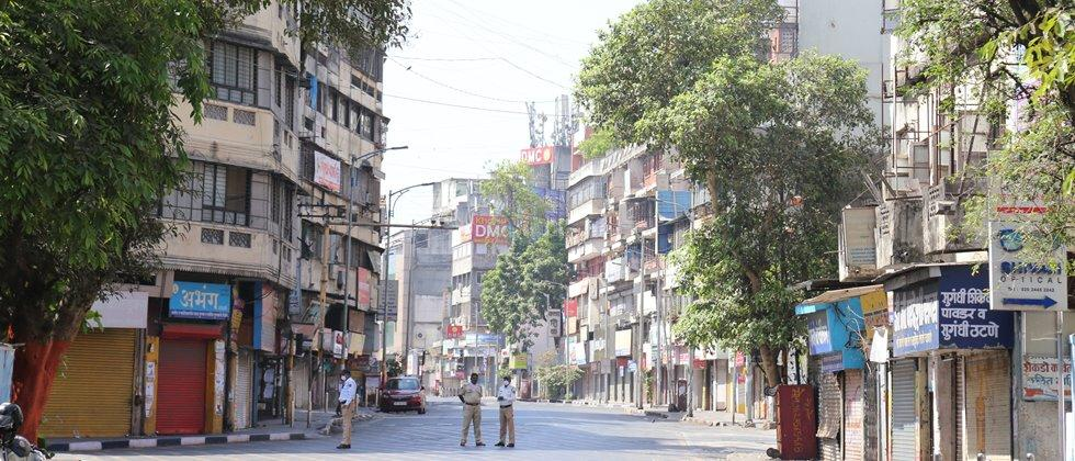 Closed tight due to 'Janata curfew' in Pune