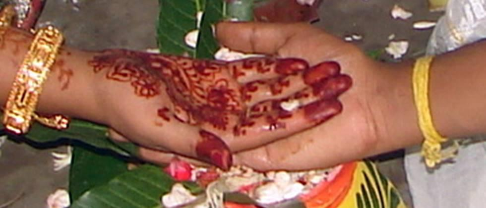 demand to make the law of the presence of fifty persons for marriage ceremony