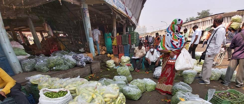 Vegetable prices fixed in Pune market committee