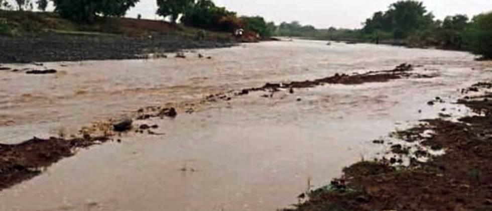 twenty one percent rainfall in Khandesh