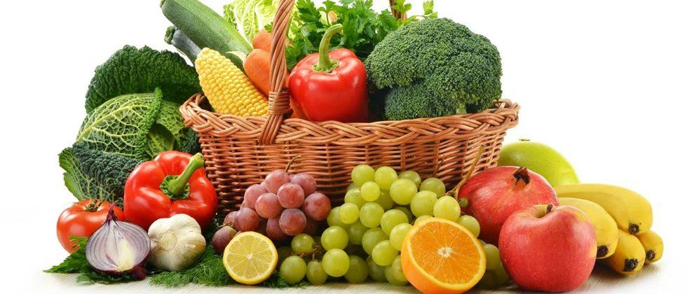 Including fruits and vegetables in the diet does not cause blood loss.