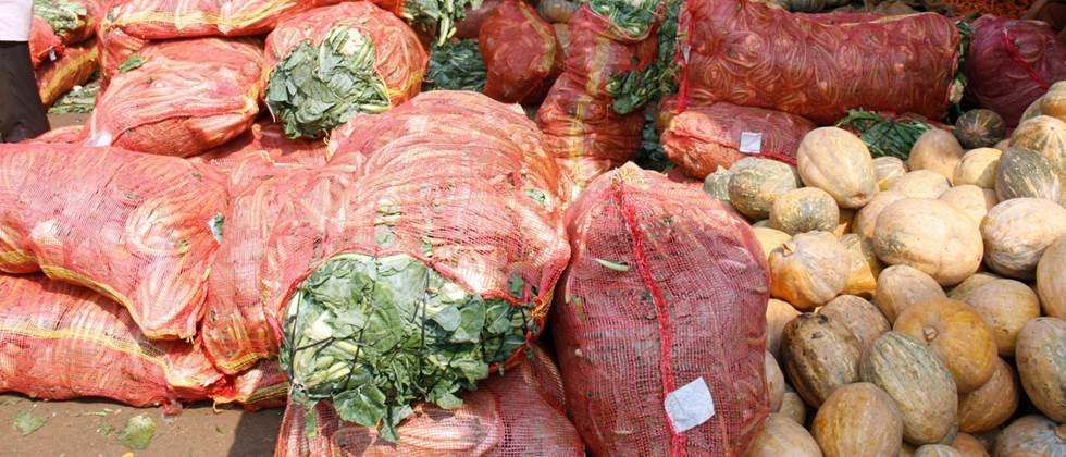 few arrival of agriculture commodity in market committee