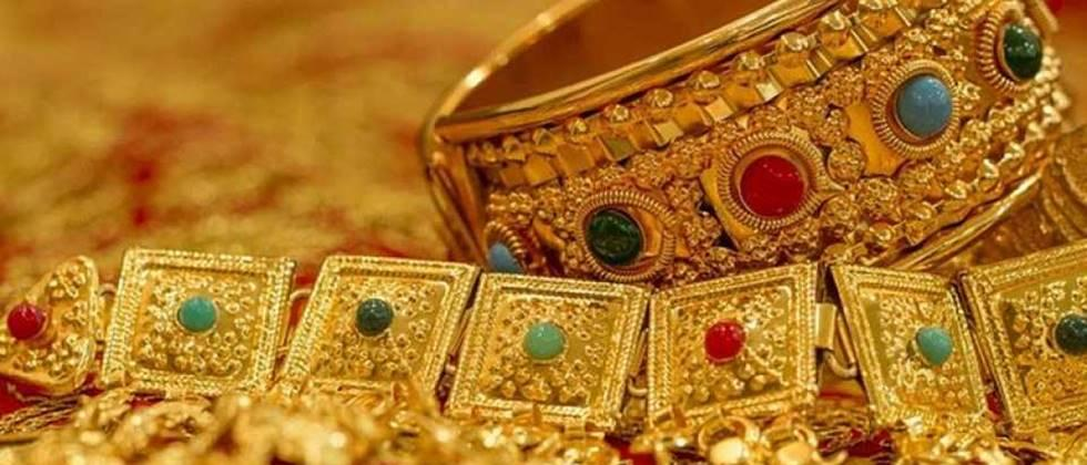 Shops opened after 42 days in Jalgaon gold market