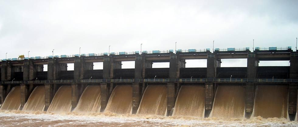 Discharge of water from Hatnur dam started