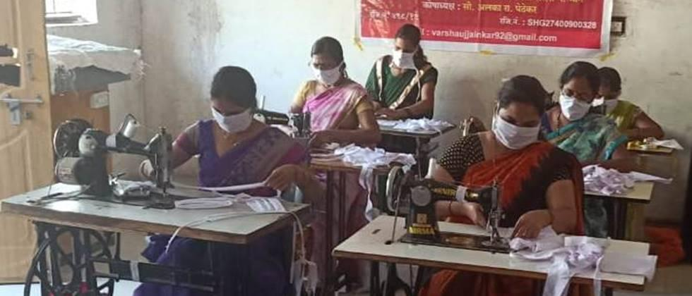 Women's groups earned Rs 16 lakh from mask production