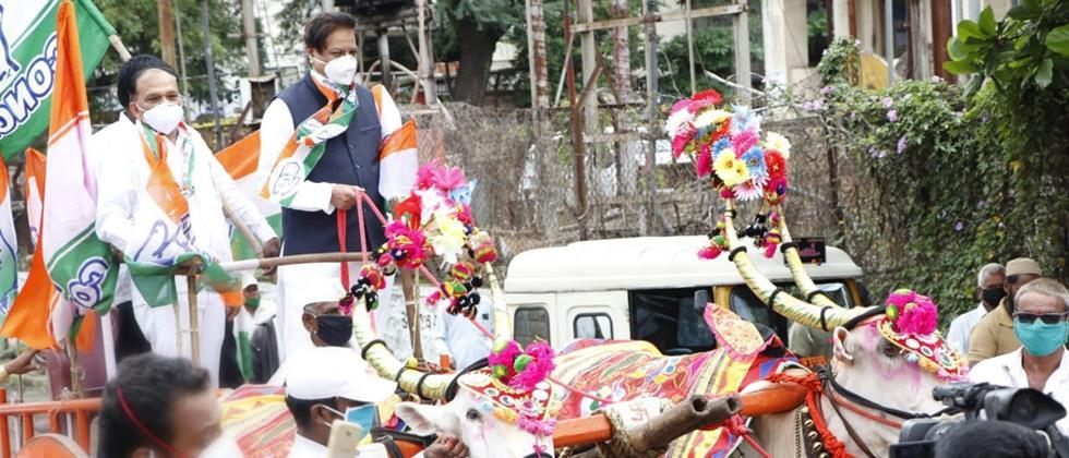From the center on the wrists of farmers: Prithviraj Chavan