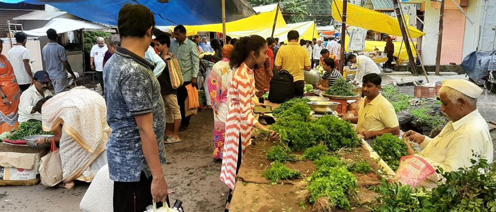 Vegetable market in Kolhapur in the Starting from 9 am to 3 pm