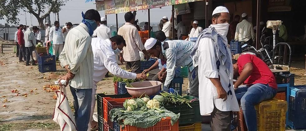 Vegetable vendors lose farmers due to traders in Parbhani