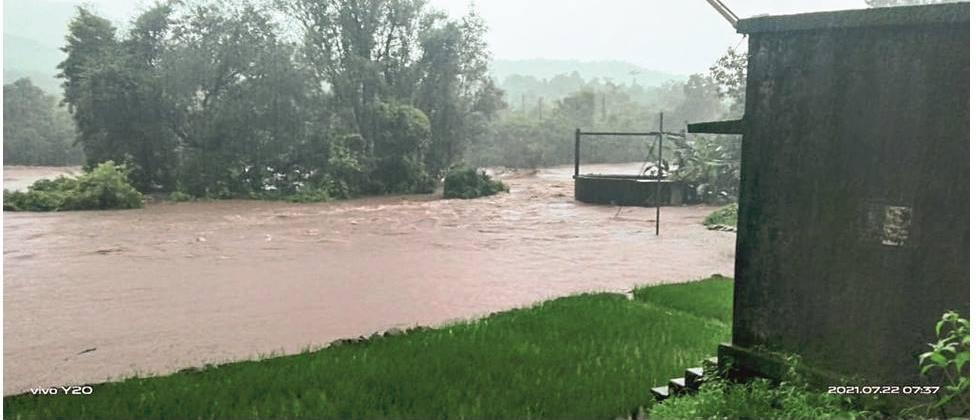 The flood situation in Sindhudurg district is critical