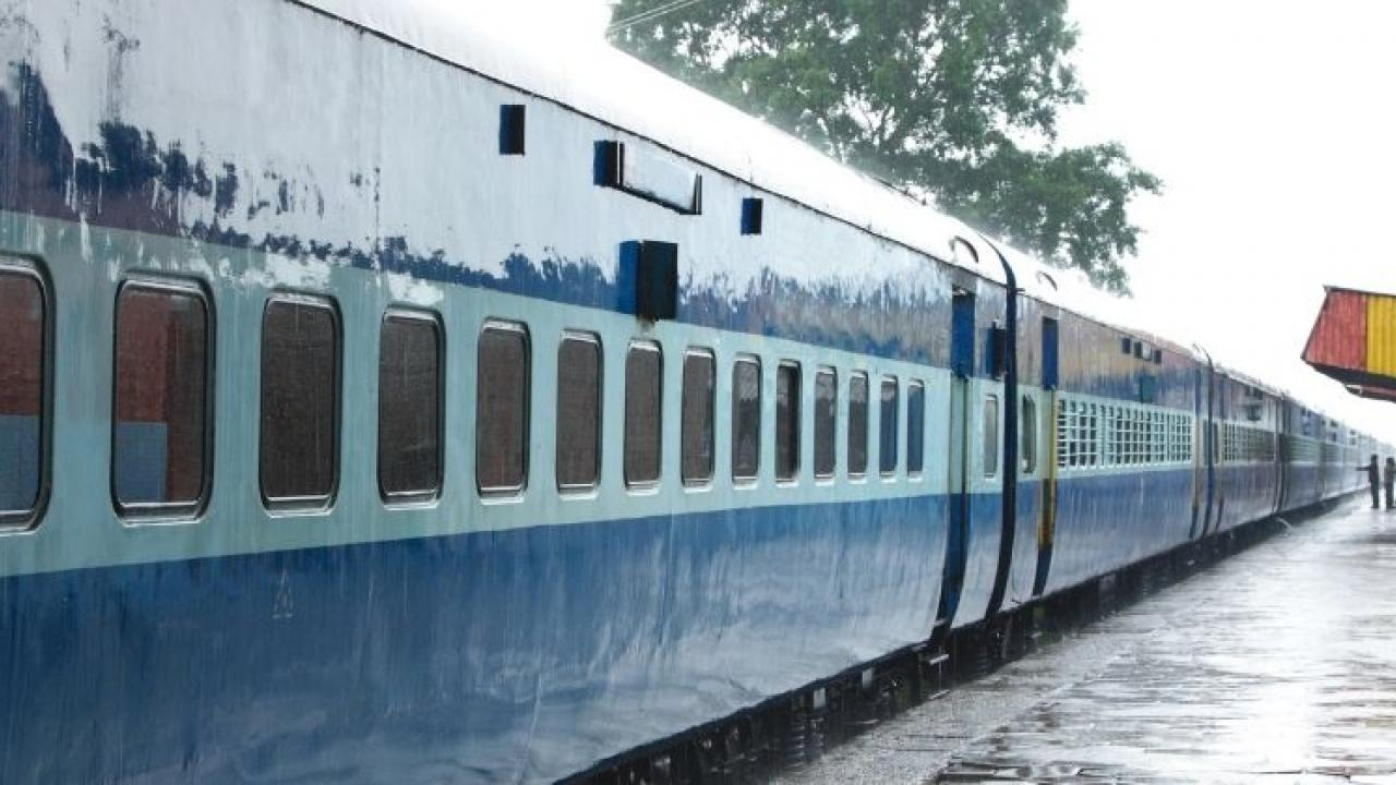 Lockdown Central Railway has canceled trains from Mumbai to Goa