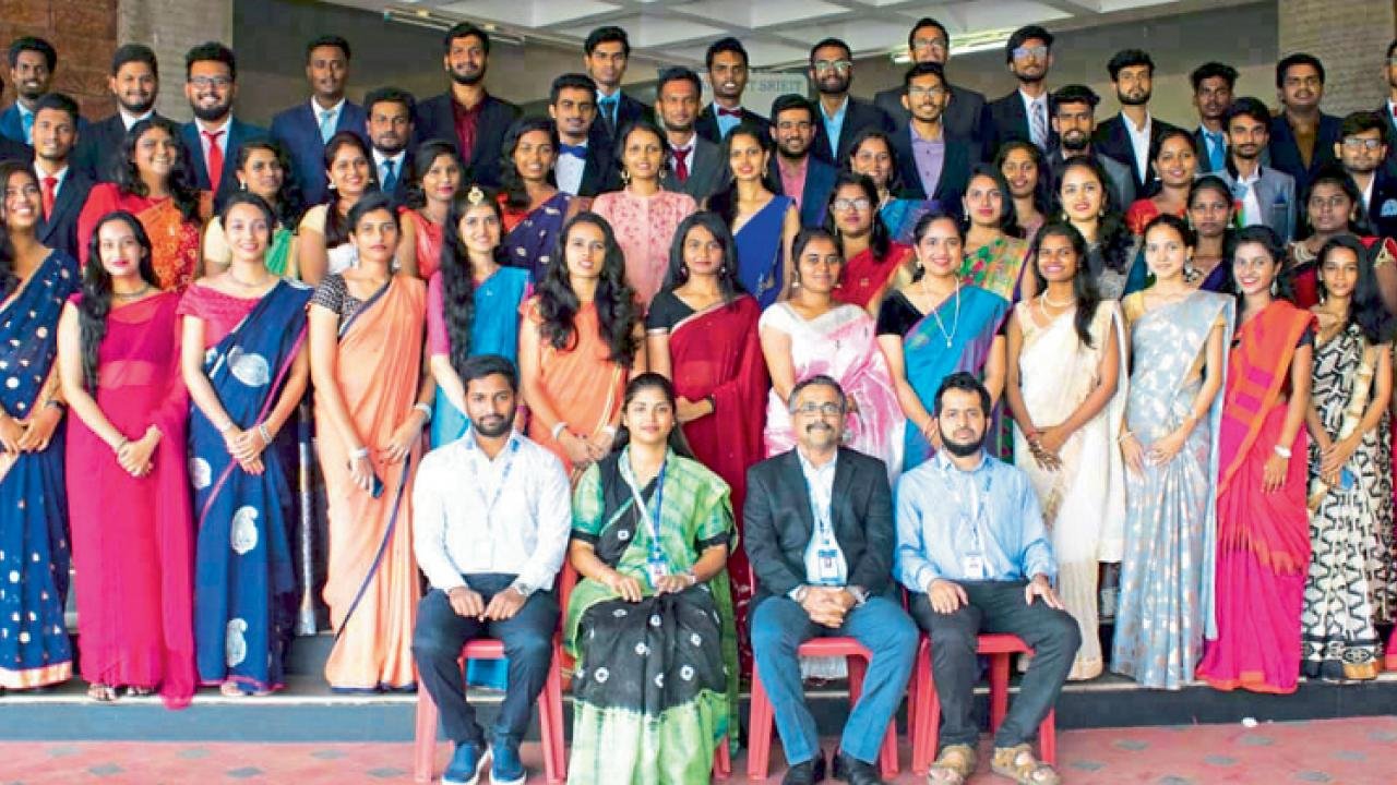 107 students from Rayeshwar institute placed during campus recruitment