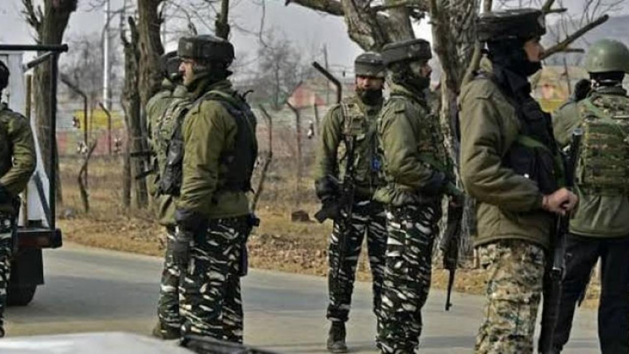 BSF apprehends 6 Pakistani youths from India Pakistan international border in Punjab