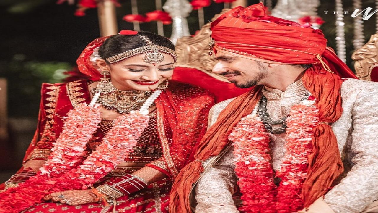 Indian cricketer Yuzvendra Chahal Married  Dhanashree Verma