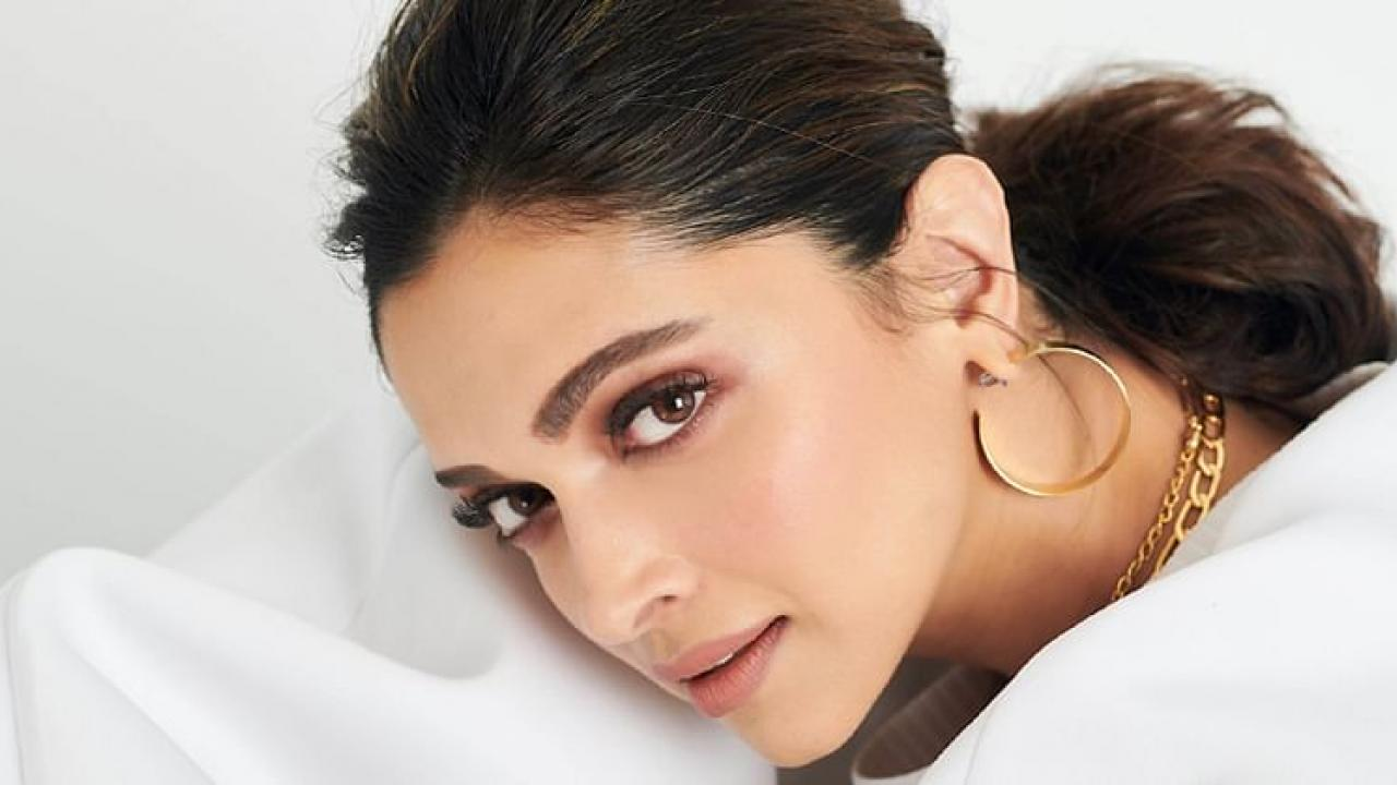Deepika deletes all posts on her Twitter and Instagram account