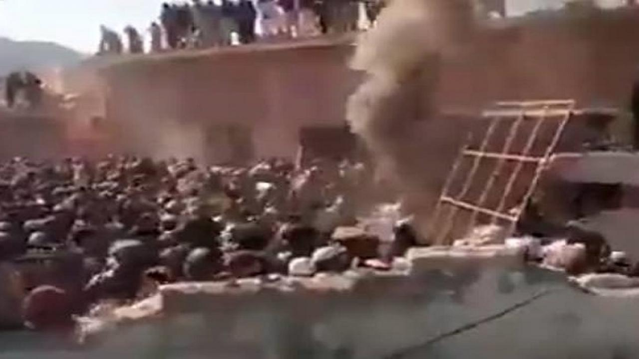 Angry mob vandalises Hindu temple in Khayber Pakhtunkhwas karak district