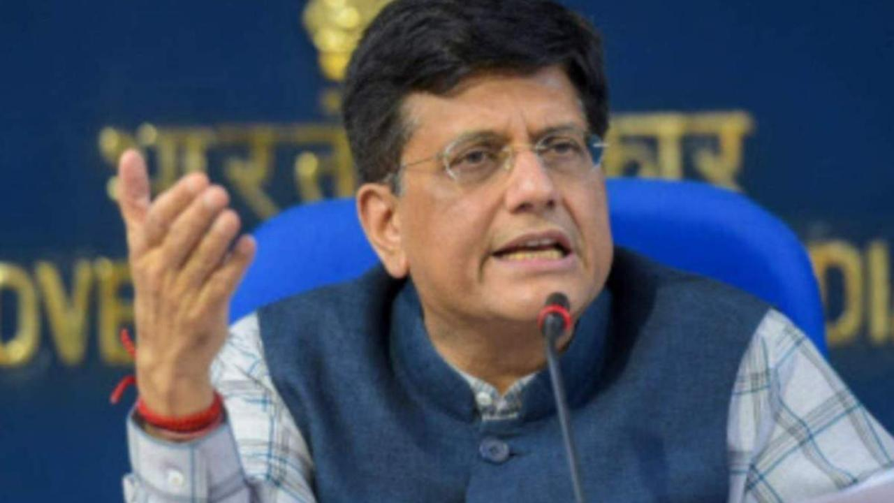 The Indian cinema industry should do world class work - Goyal