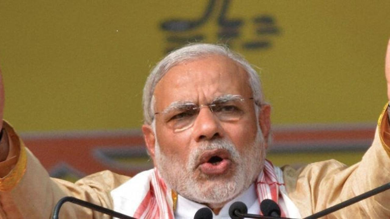 Prime Minister Narendra Modi is interact with farmers