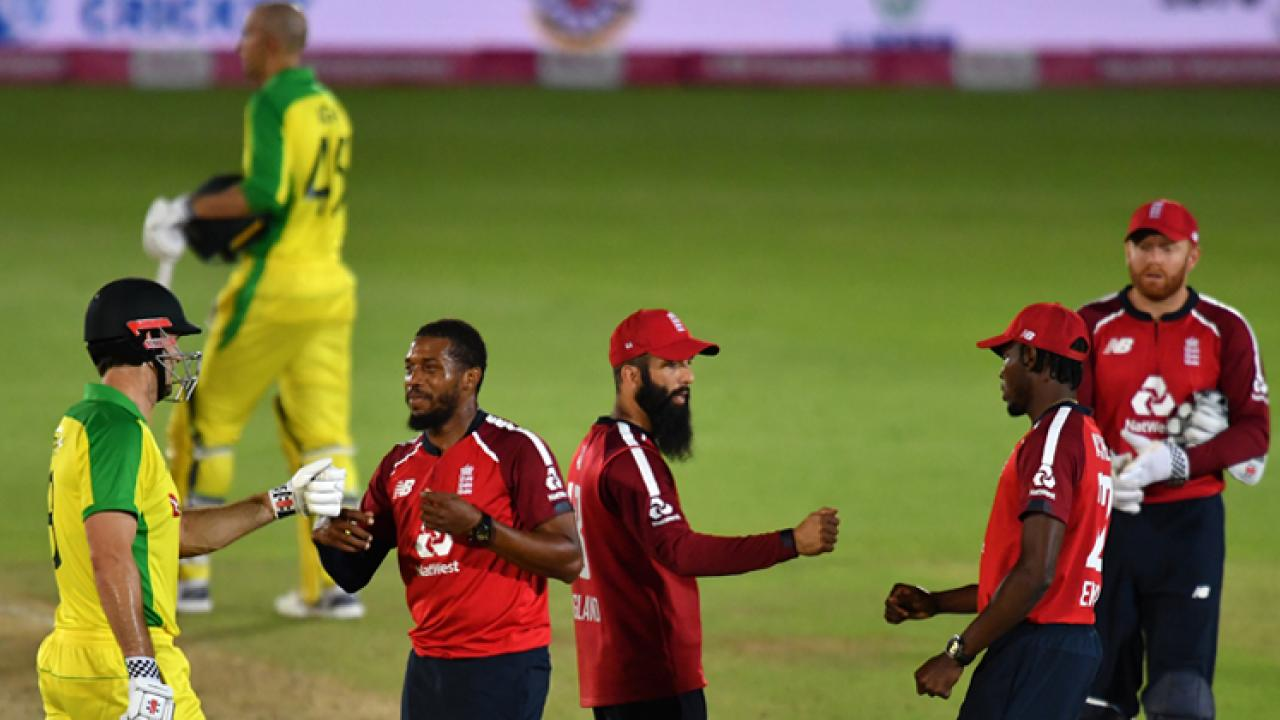 Australia win third twenty20 by five wickets against England