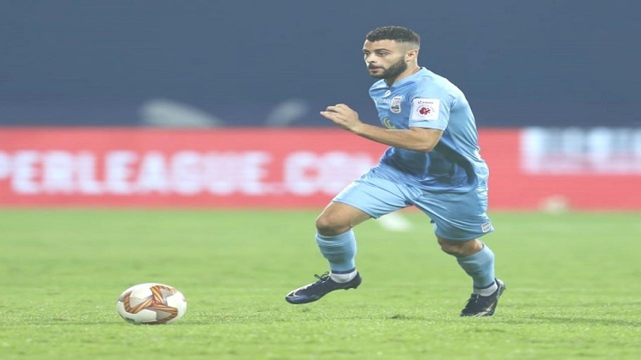 Mumbai City FC tops the point table in Indian Super League by defeating Kerala Blasters FC