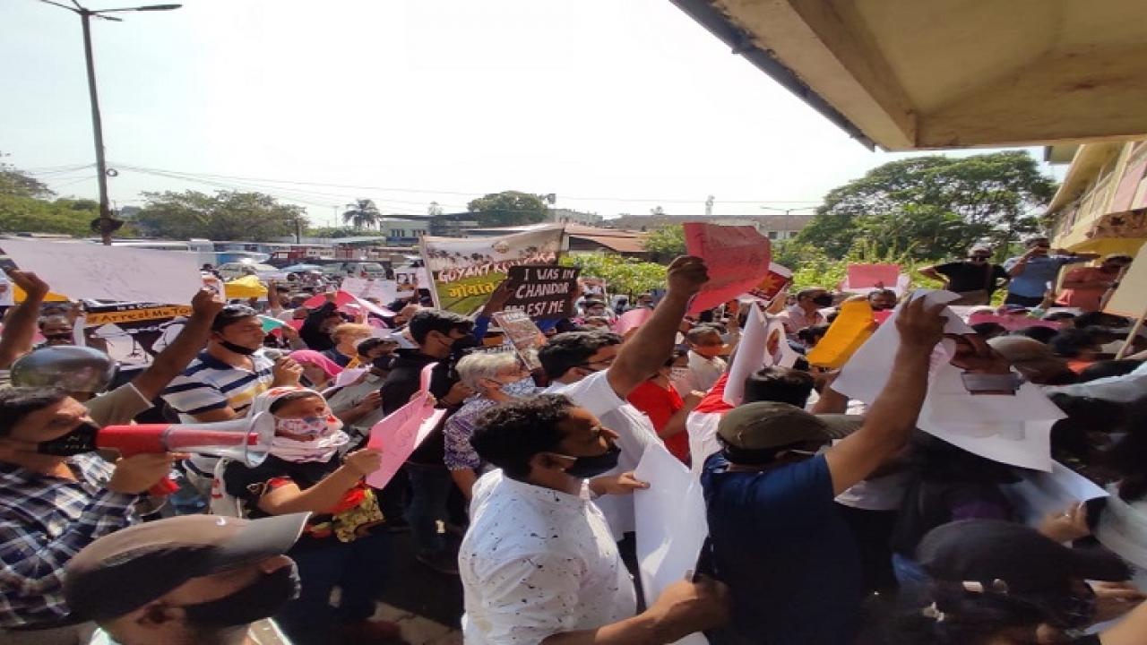Protesters against coal and railway duplication marched on South Goa Police Headquarters in Madgaon today