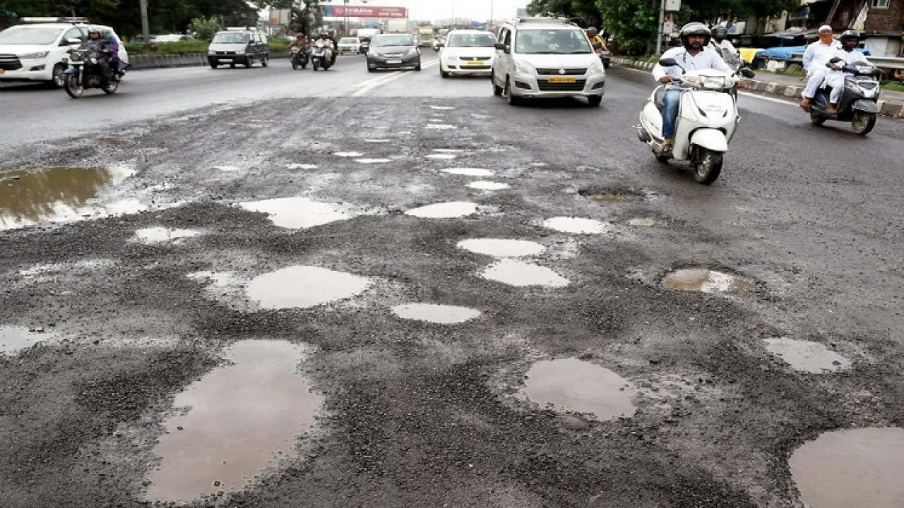 Miserable condition of roads after rain