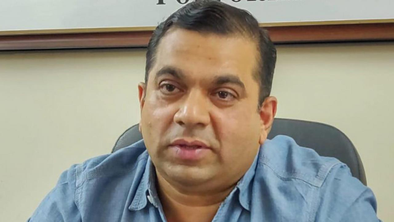MLA rohan khanwate criticised government for their casual approach towards the pandemic