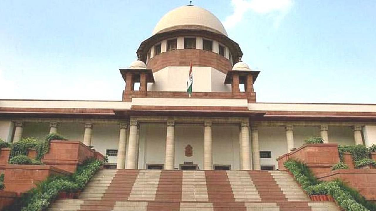 The Supreme Court refuses to stay Love jihad laws in UP Uttarakhand  Supreme Court notice to Uttar Pradesh Uttarakhand on plea challenging Love Jihad laws