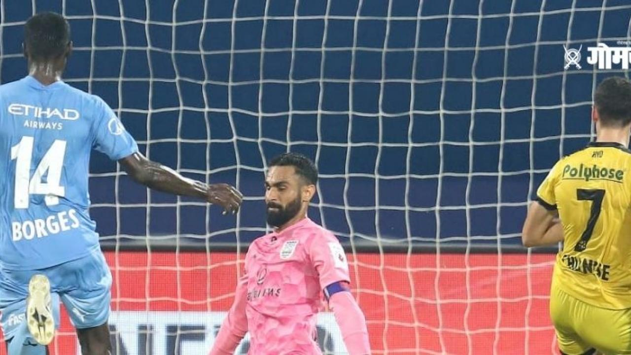 ISL 2020 21 Hyderabad FC ties match with Mumbai City with no goal