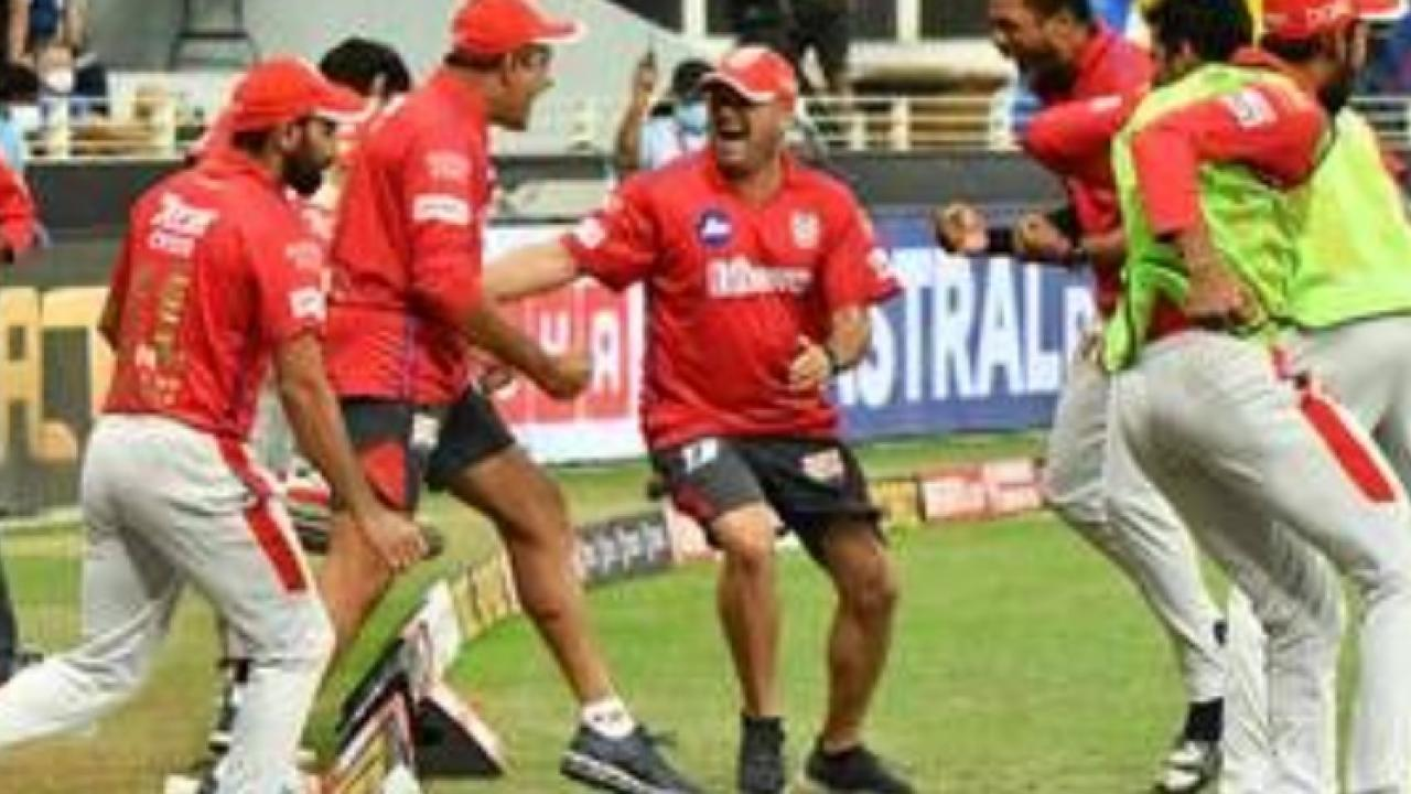 kings xi punjab beat kolkata knight riders in the IPL