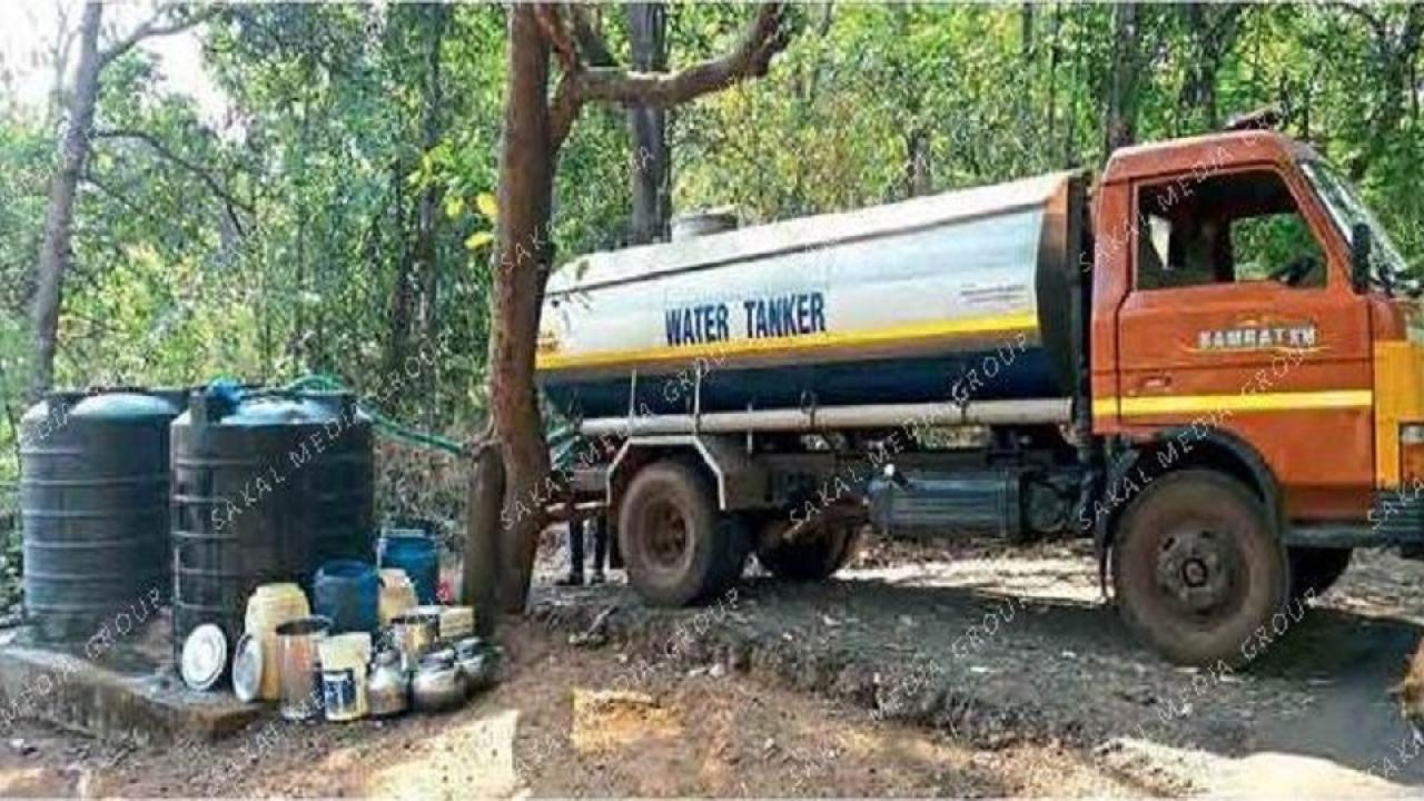 water tanker supply in bad condition at parye