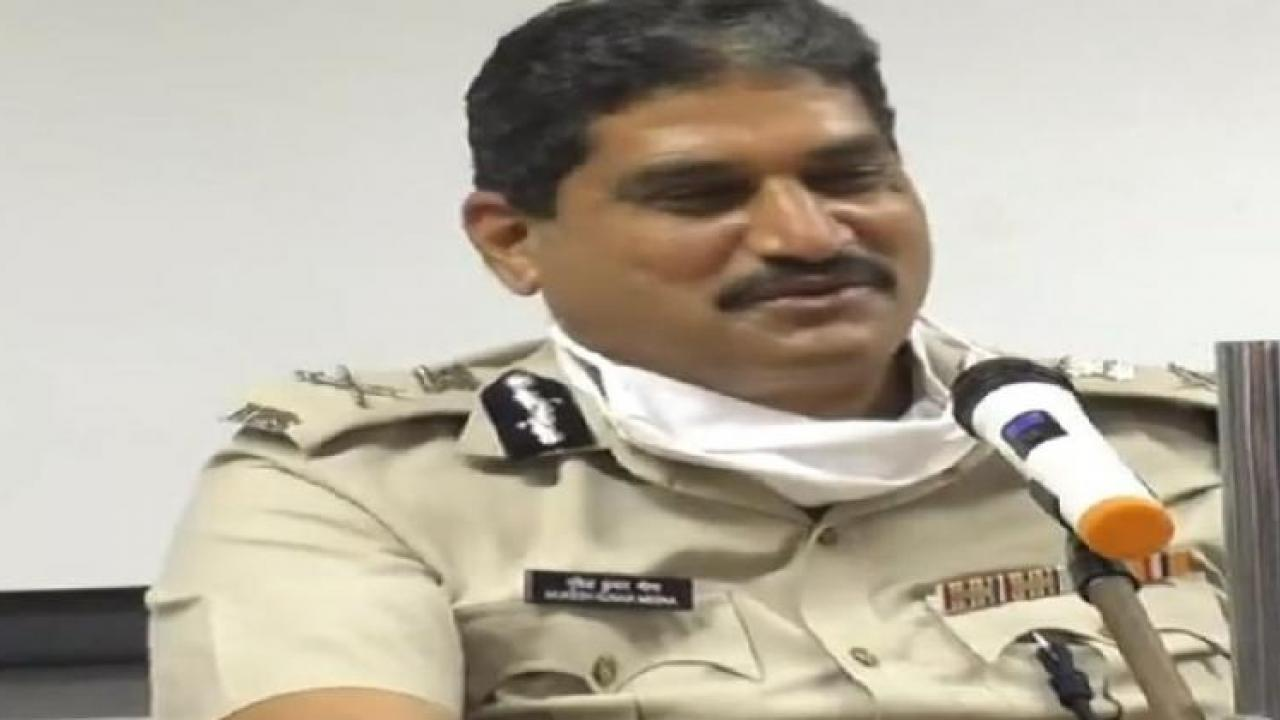 DGP Mukesh Kumar Meena holds joint meeting at IRB Camp at Walpai