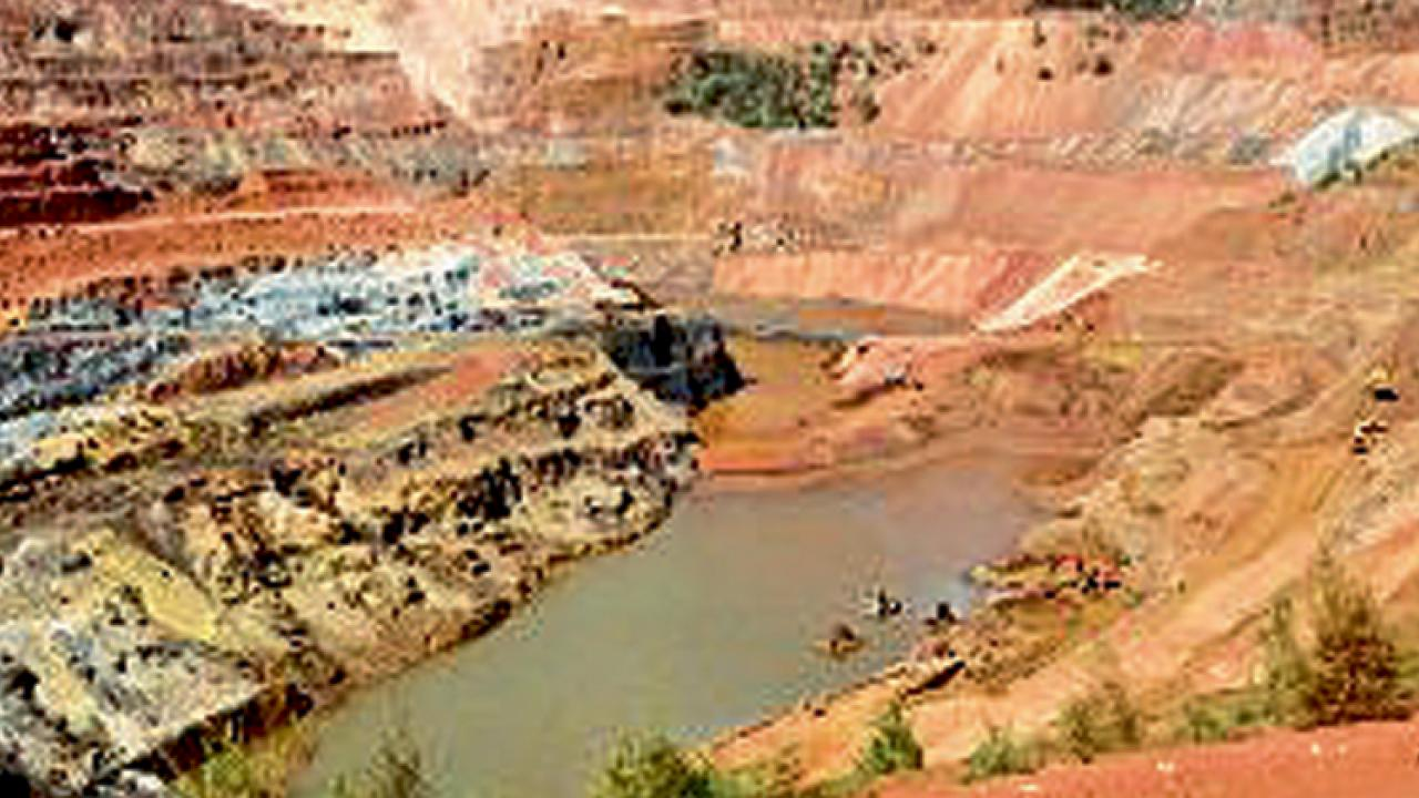 Central Government's decision to auction mining leases