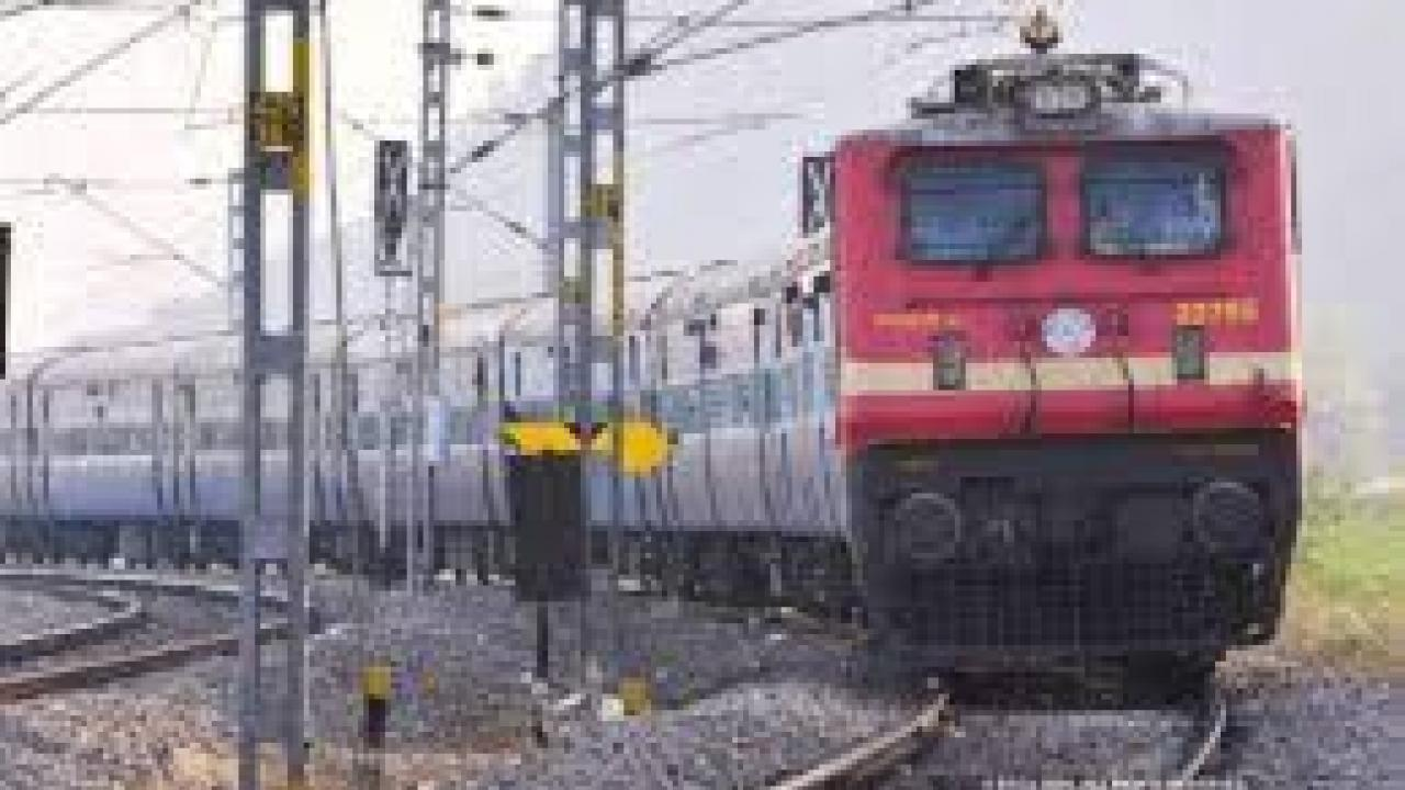 Indian Railways has 5231 railway coaches equipped as Kovid vigilance center