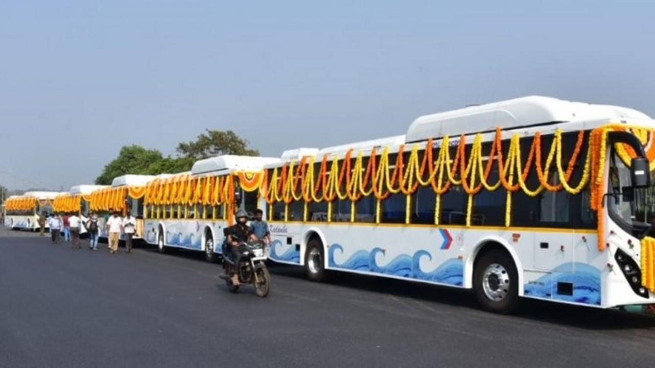 goa electric bus.jpg