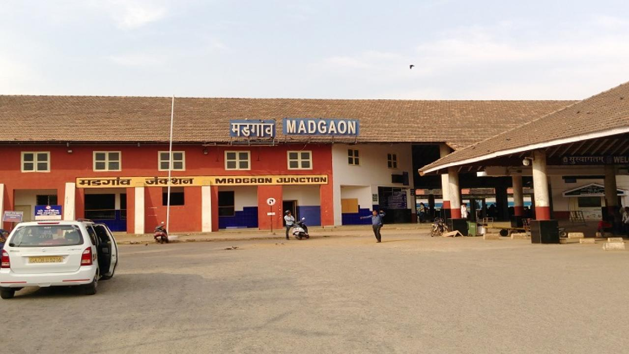 District Collector give orders to open entrance gate of Madgaon railway station footpath