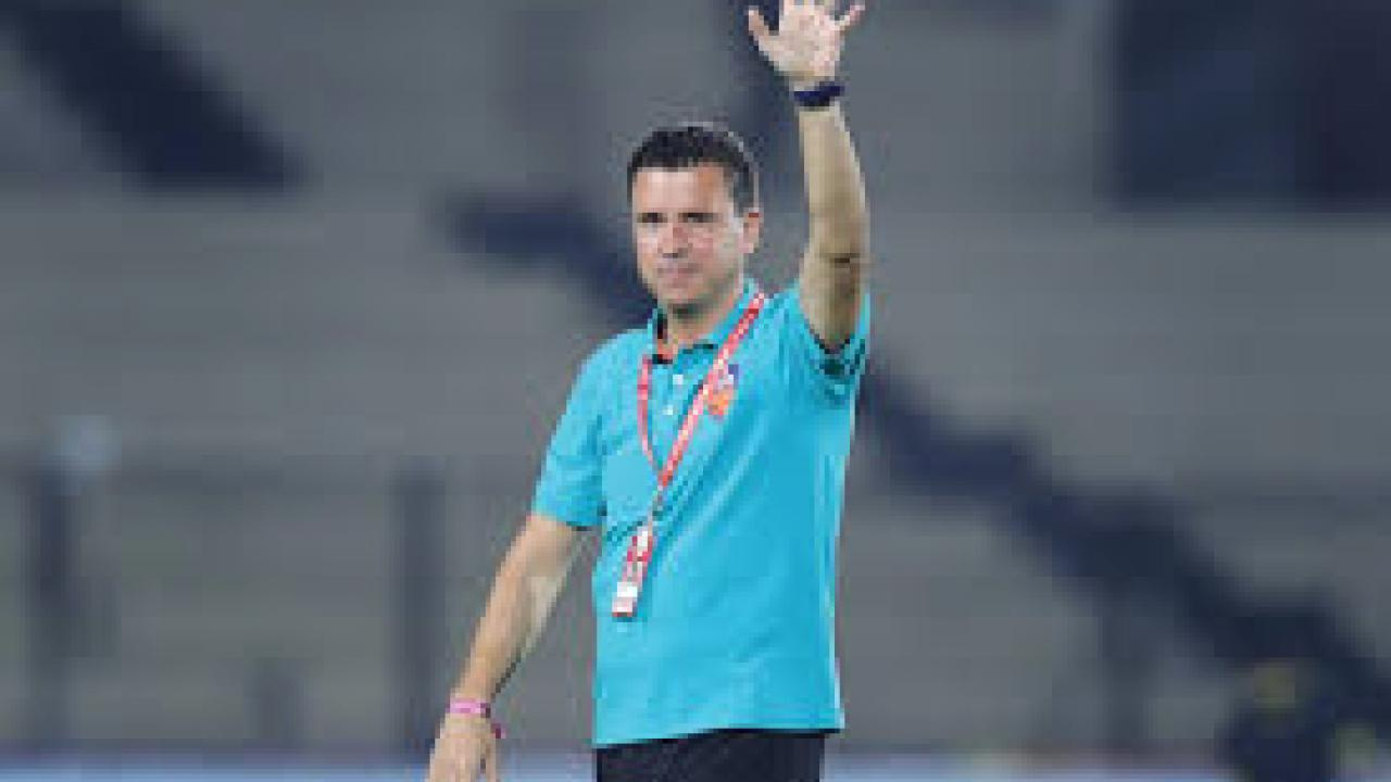 ISL: Former FC Goa boss Sergio Lobera announced as Mumbai city head coach ...