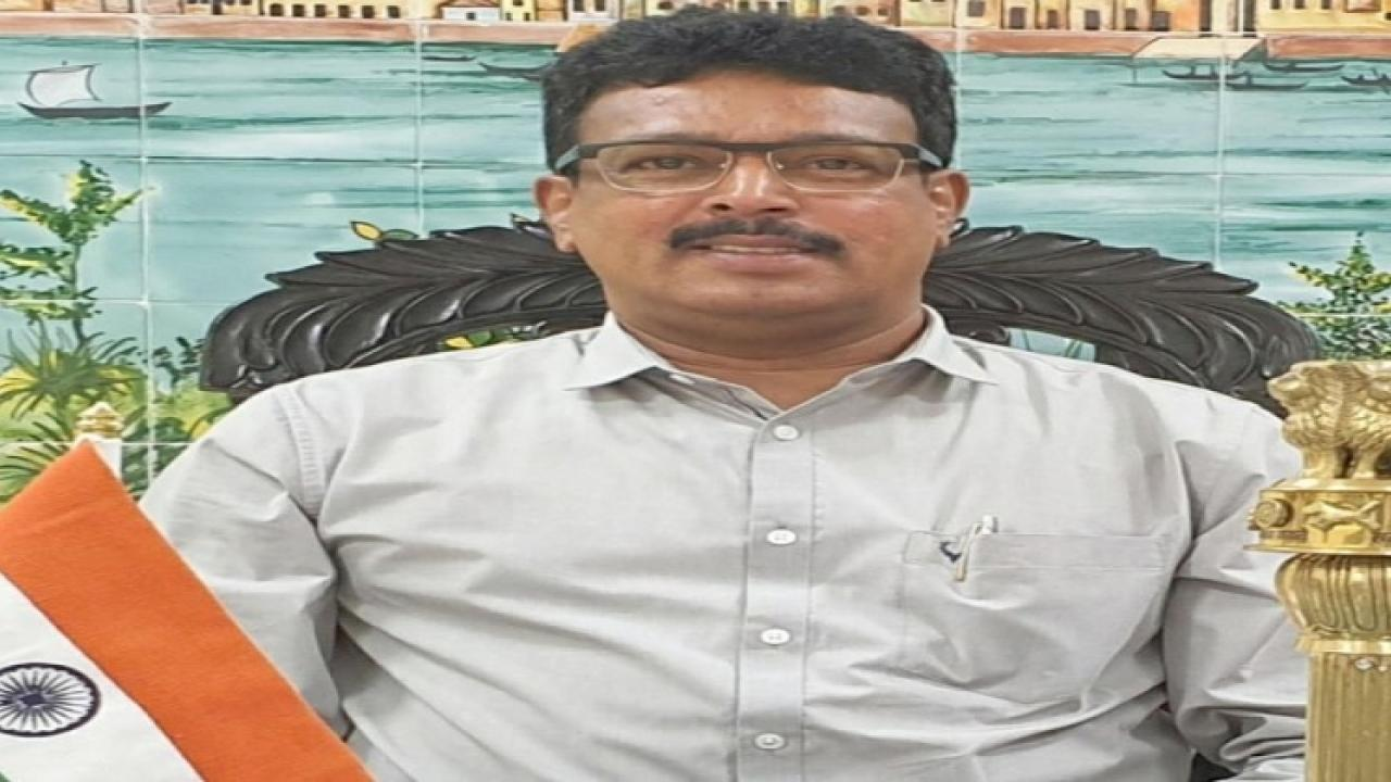 Former MLA cracked coconuts