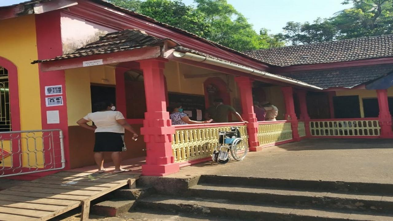 What is the reason behind the low turnout in Goa Zilla Panchayat elections