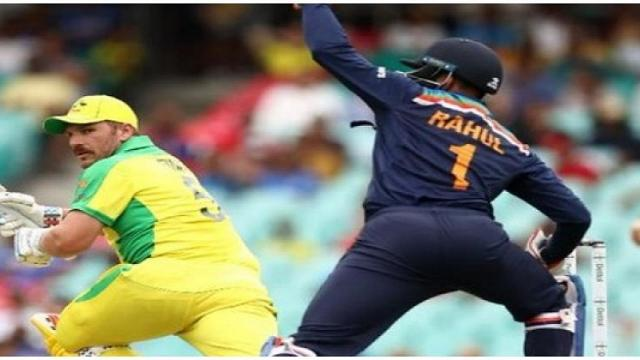 Australia sets target of 390 runs for India in the second ODI in Sydney