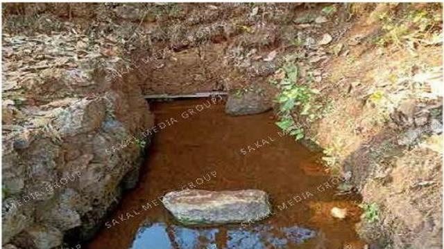 The existence of natural water sources crisis in Dicholi