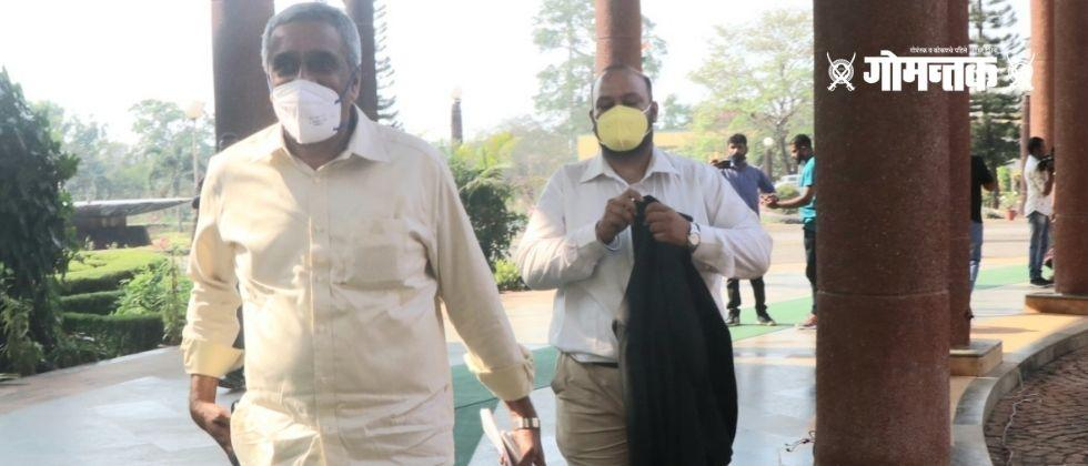 Mago MLA Sudin Dhavalikar enters the assembly complex with lawyers
