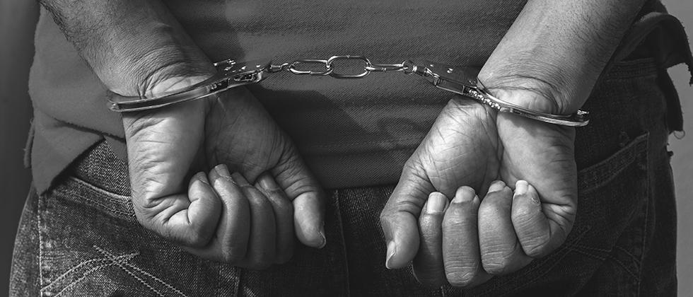 Police arrested israelian citizen for selling narcotics