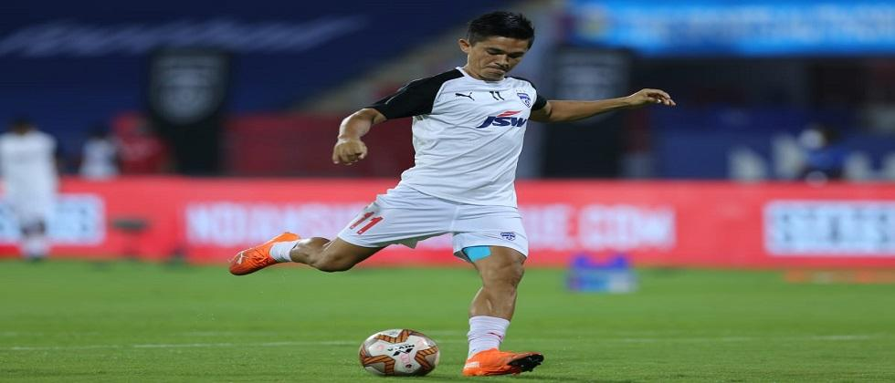 The team of ATKMB has put up a strong defense in the Indian Super League football tournament