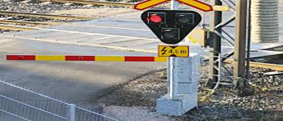 Withdraw permission to close railway level crossings