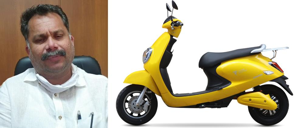 electric vehicles cheaper by rupees 15,000 says Nilesh Carbral